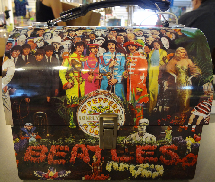 lunch_box_Beatles_Sargent_Peppers